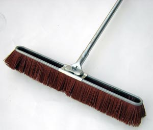 "18"" Wide Broom"